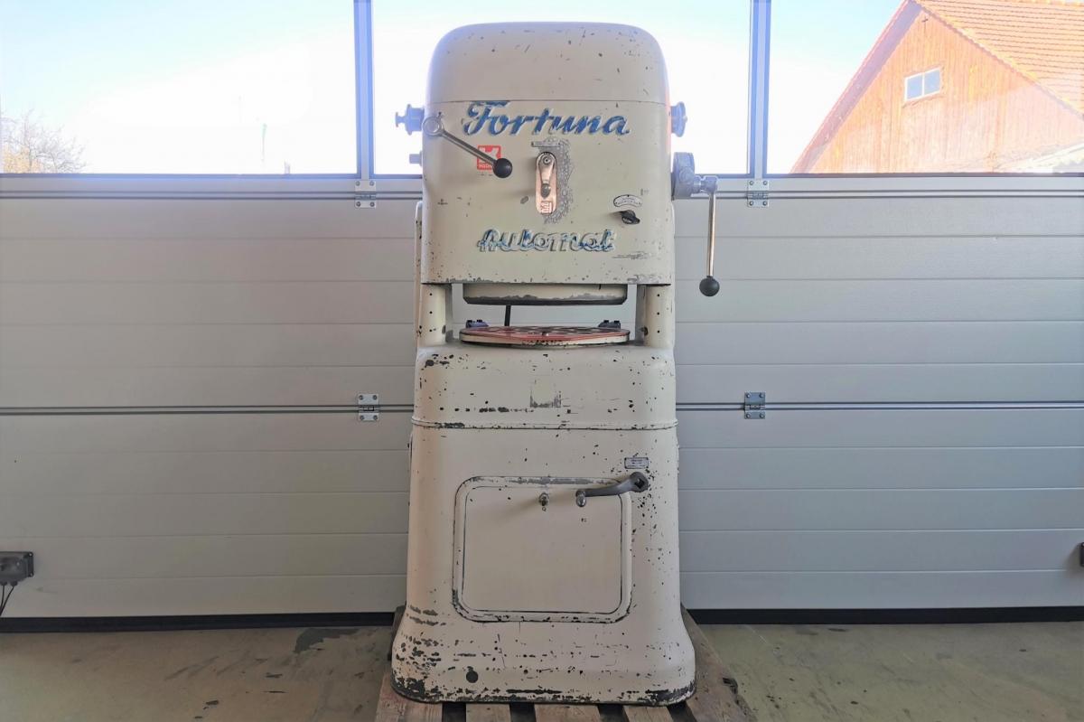 Model: 2b-Automat